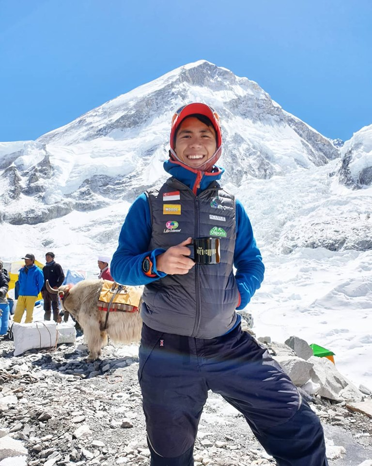 How to Survive Climbing Everest