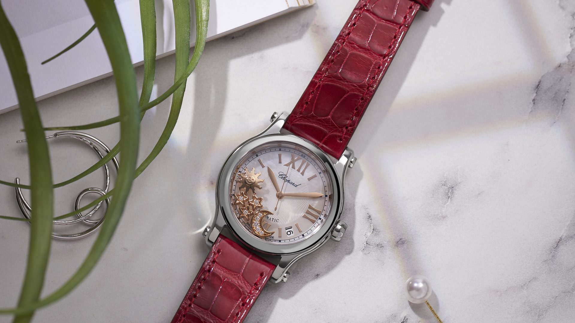 Chopard & The Hour Glass Create Exclusive Ladies' Watch