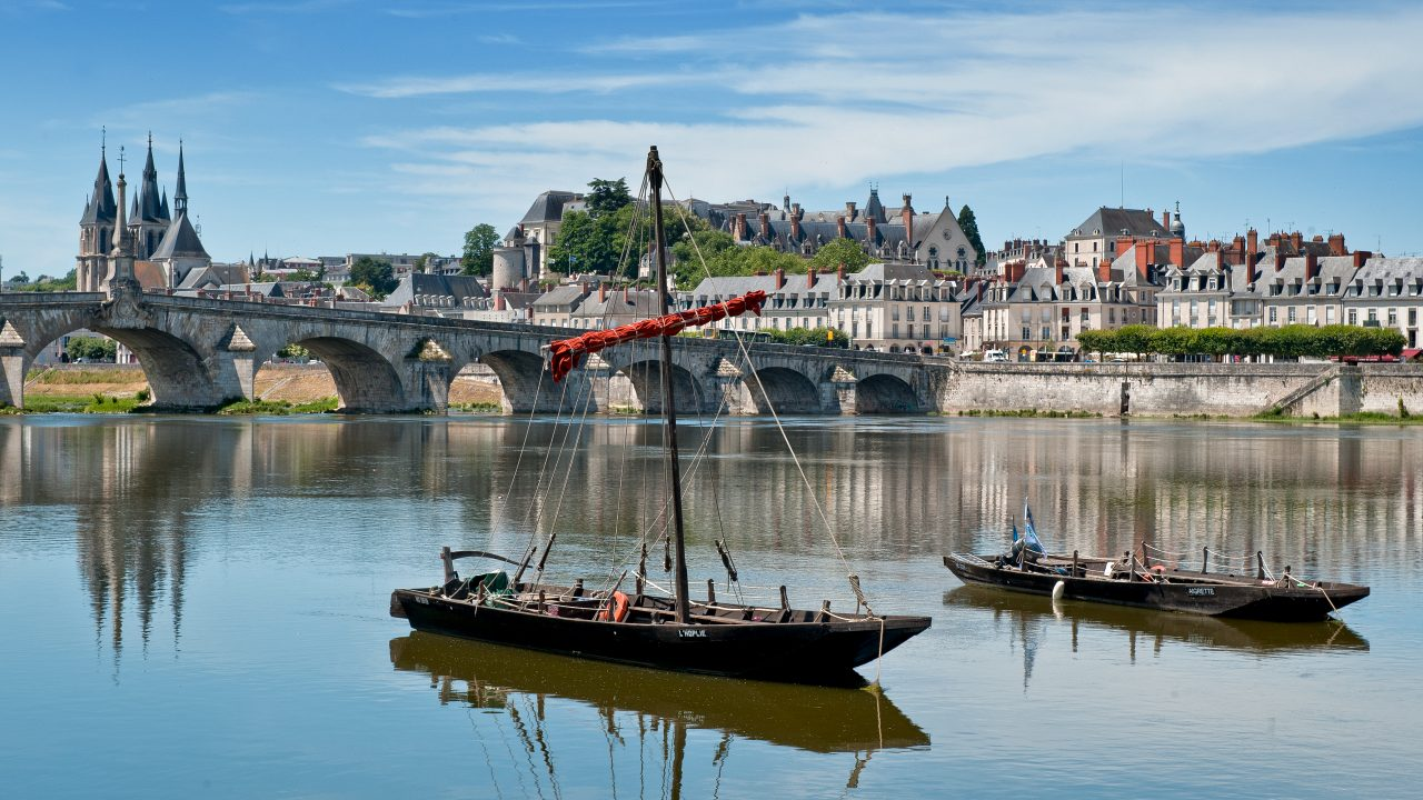 Wine And Dine In The Loire